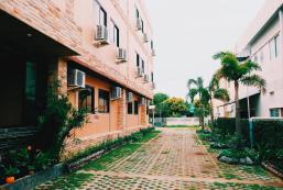 棕櫚泉公寓 Palm Spring Apartment