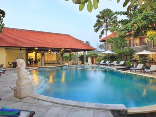 Adhi Jaya Hotel