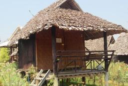 家庭小屋 Family Huts