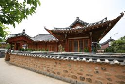 Gaeunchae Hanok Guesthouse Jeonju 2 Gaeunchae Hanok Guesthouse Jeonju 2