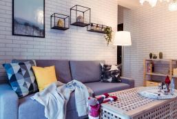 63平方米2臥室公寓 (左營區) - 有1間私人浴室 Two rooms apartment /5 min walk to HSR/MRT/TRA