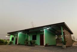 400平方米開放式獨立屋 (帕他那尼空) - 有1間私人浴室 Sroysuriya สร้อยสุริยา รีสอร์ท(สะอาด สงบ)