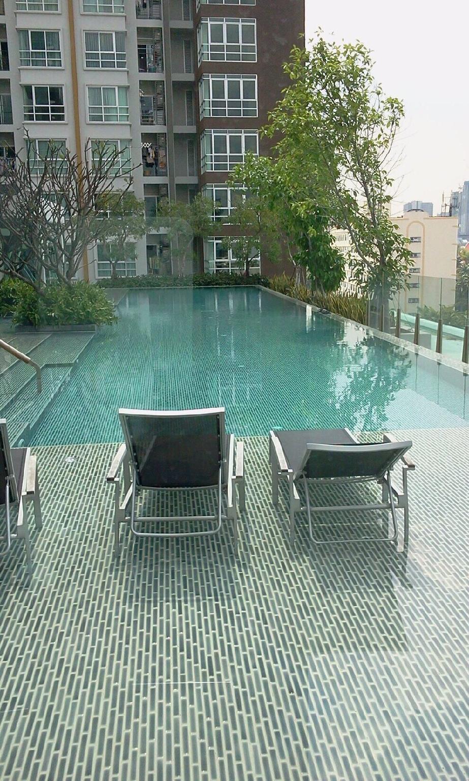 Cozy 1B Rooftop swimming pool@5 min MRTHuaiKhwang Bangkok Bangkok Thailand