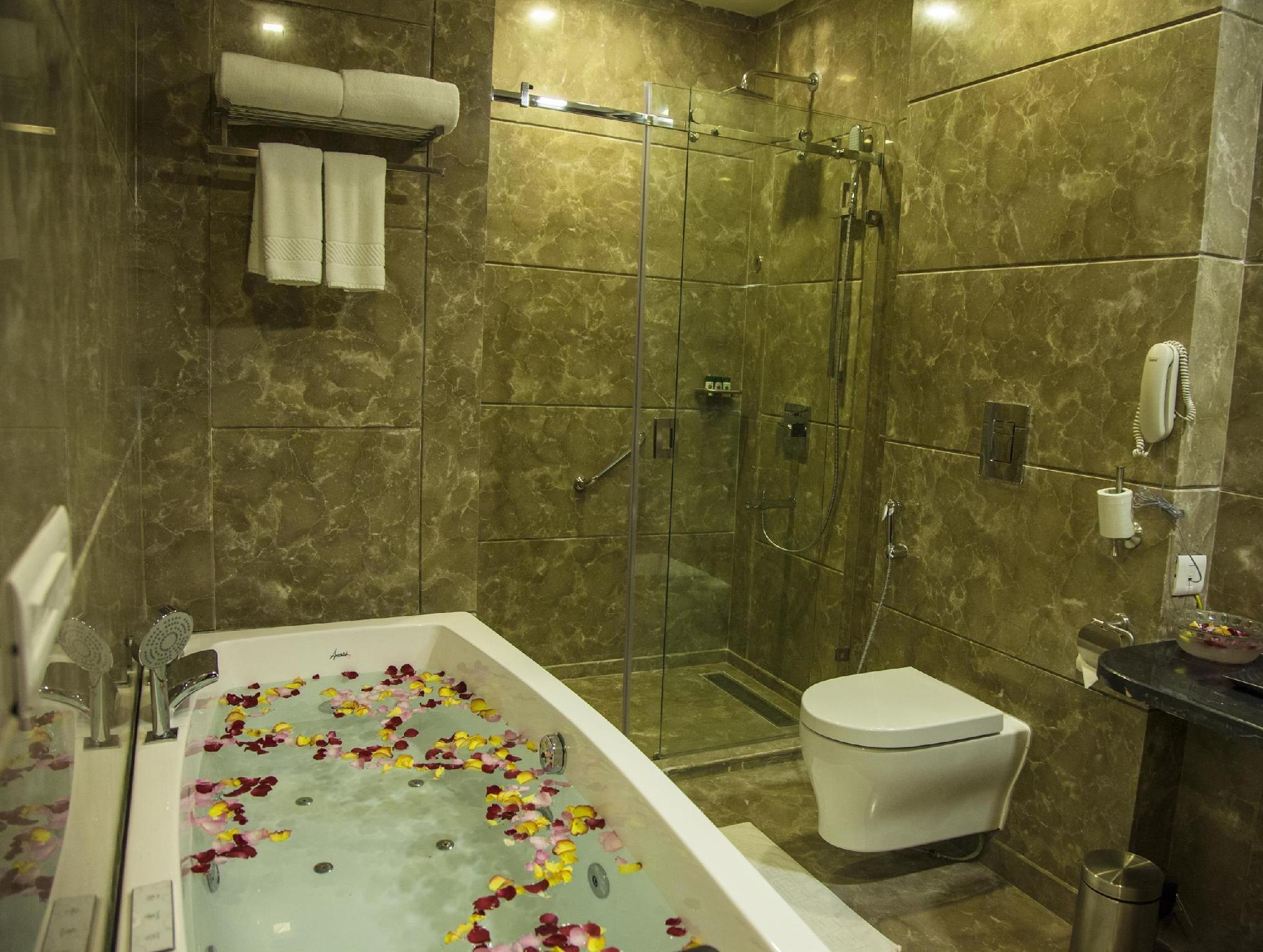 Grand Hira Resort Neemrana Hamjapur India Hotels Hotel