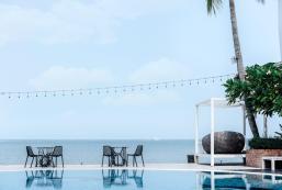 斯里拉查閣樓海濱酒店 The Loft Seaside Sriracha Hotel