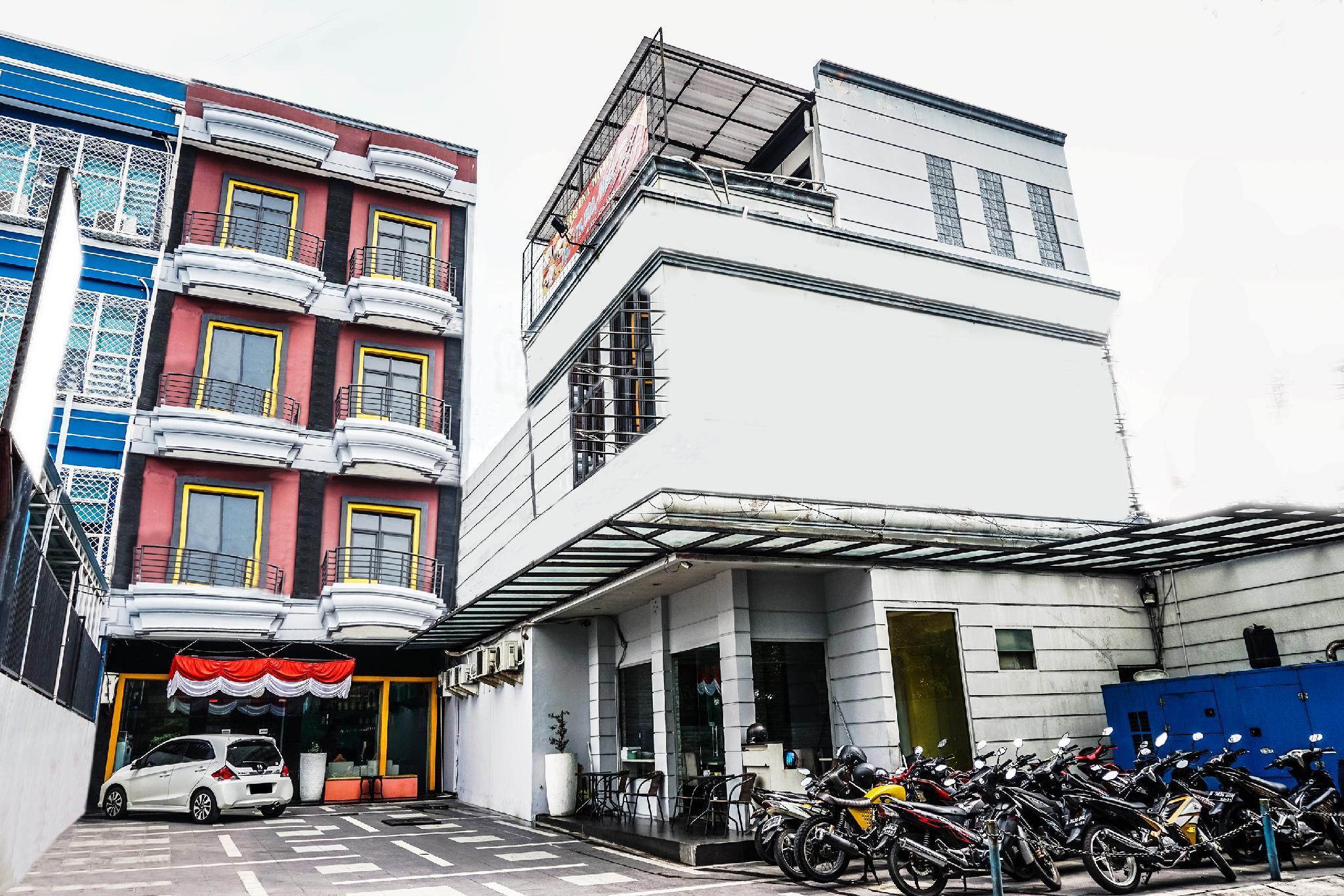 Mercure Jakarta Kota Hotel Online Booking
