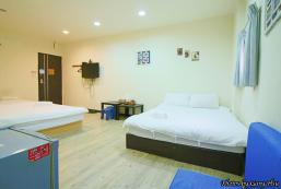Standard Family Room - 1 min to night market Standard Family Room - 1 min to night market
