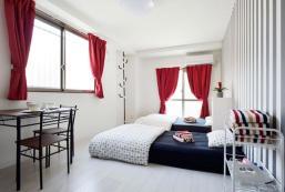 New and Modern Apartment near Namba! (2min to sta) New and Modern Apartment near Namba! (2min to sta)