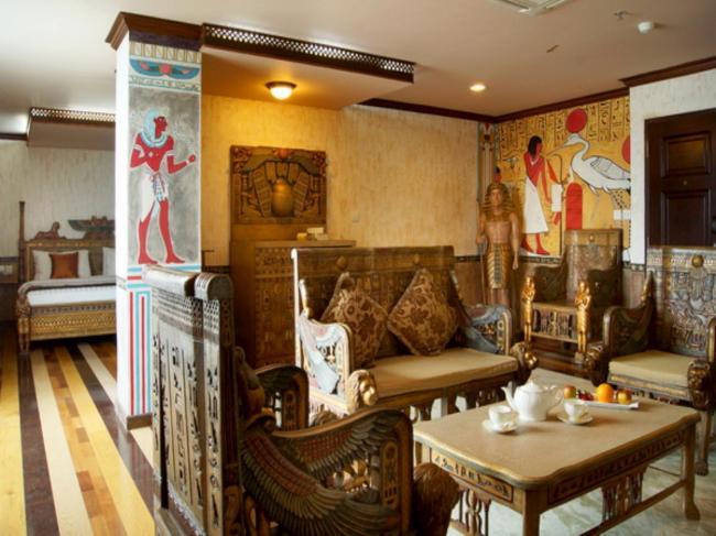 Amos Cozy Hotel Melawai