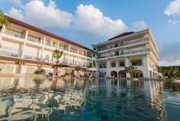 Katathong Golf Resort & Spa (SHA Plus+) Katathong Golf Resort & Spa (SHA Plus+)