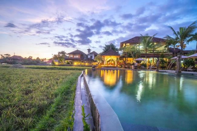 Cendana Resort and Spa
