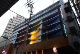 新村正午酒店 Shinchon At Noon Hotel