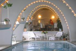 珊瑚花園7泳池公寓 Coral Garden 7 Pools Condominium