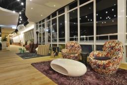 高雄旗津道沙灘酒店 In Young Hotel