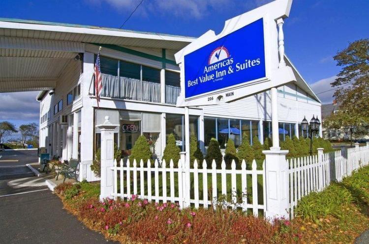 Americas Best Value Inn & Suites Hyannis Cape Cod