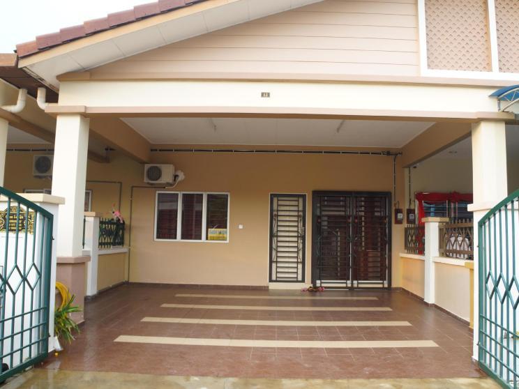 Casa Laiqa Residence