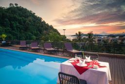小酒店 The Small Resort