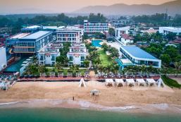 聖特羅佩海灘度假村酒店 Saint Tropez Beach Resort Hotel