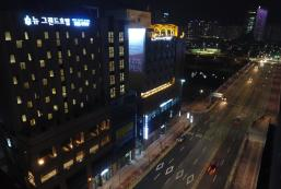 new grand hotel new grand hotel