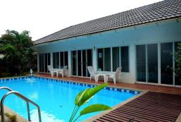 拉廊河景酒店 Ranong River View