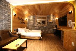 尤洛酒店 Hotel Yolo