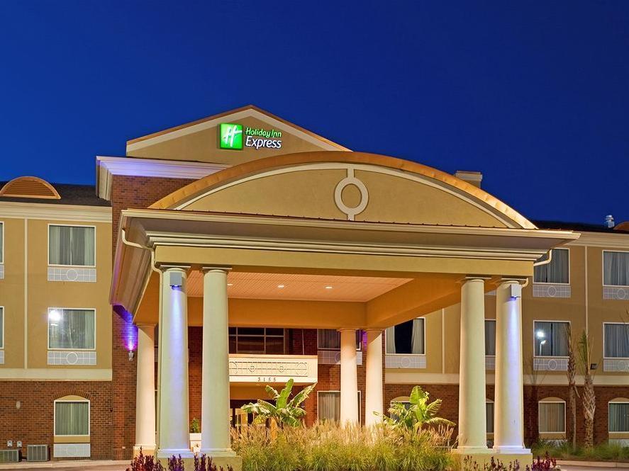 Holiday Inn Express Hotel Suites Foley Best Hotels Deals