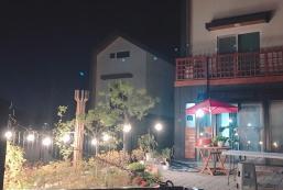 62平方米4臥室獨立屋 (陽城) - 有2間私人浴室 playing house숲속길  소꿉놀이집전체(방4,거실2,정원,정자)