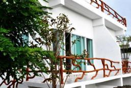 蘇安玫紅度假村&紀念品中心 Suanmaihom Resort & Souvenir City