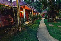 格拉屯度假村 Krathom Khaolak Resort
