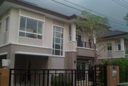 House for rent at Nonthaburi Thailand House for rent at Nonthaburi Thailand