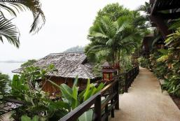 班卡拉庭考拉克度假村 Baan Krating Khaolak Resort