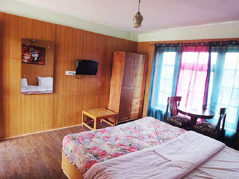 Kanika Himalayan View Hotel Leh India Booking Best Price deals Best Hoels in Leh-5