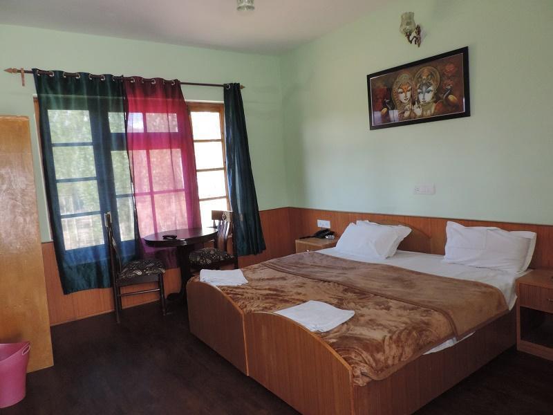 Kanika Himalayan View Hotel Leh India Booking Best Price deals Best Hoels in Leh-2