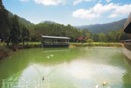 雙湖渡假山莊 DOUBLE LAKE
