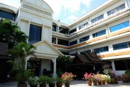 新帕坦納酒店 New Pattana Hotel