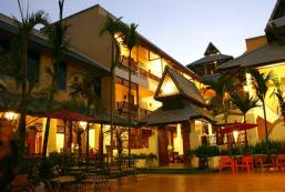 泰德卡姆鄉村酒店 Tadkham Village Hotel