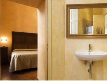 Cortona Paypal Hotels