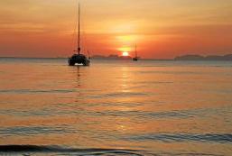 俊島喜悅海灘酒店 Koh Jum Delight Beach