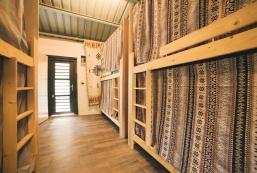 台東東河-6人背包房 Jinzun Surf House - Dormitory