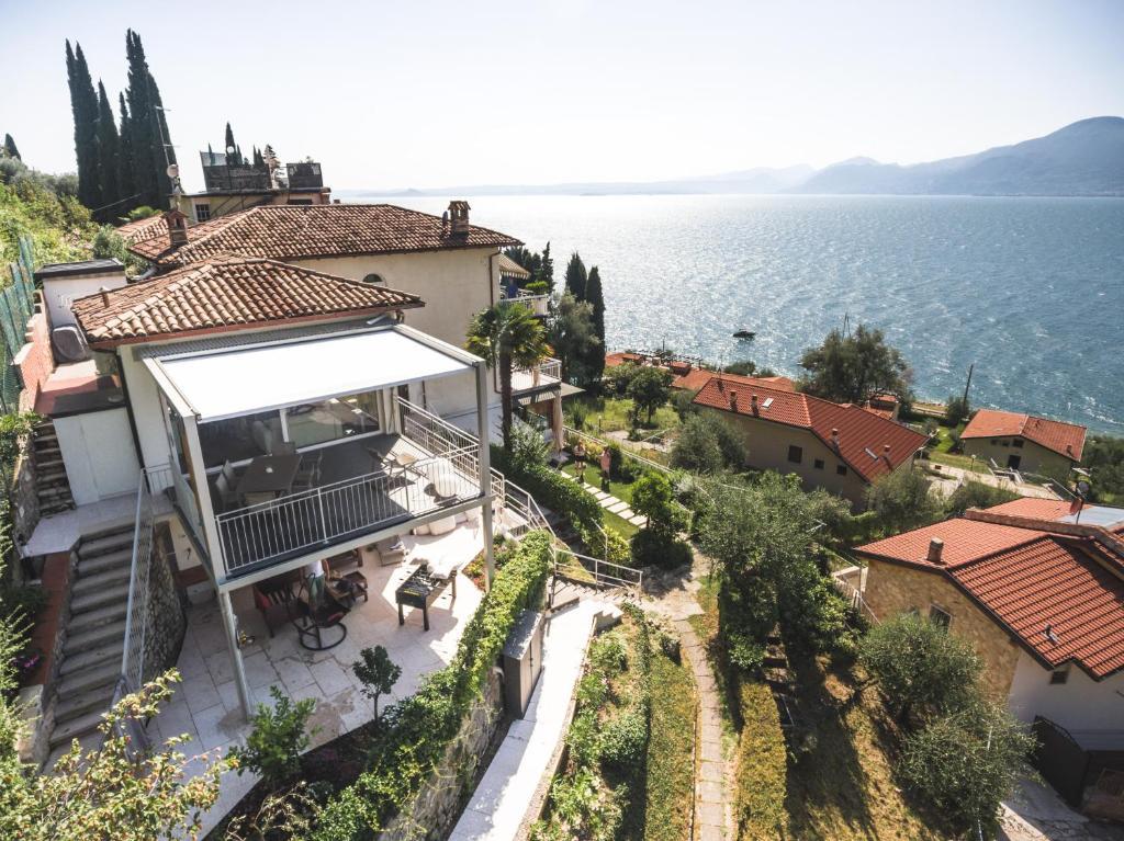 Das Residence La Mignon  Terrazza in Torri del Benaco buchen