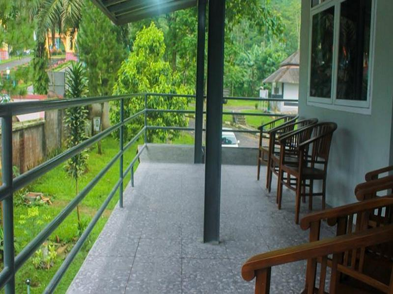 Villa Albadar In Indonesia