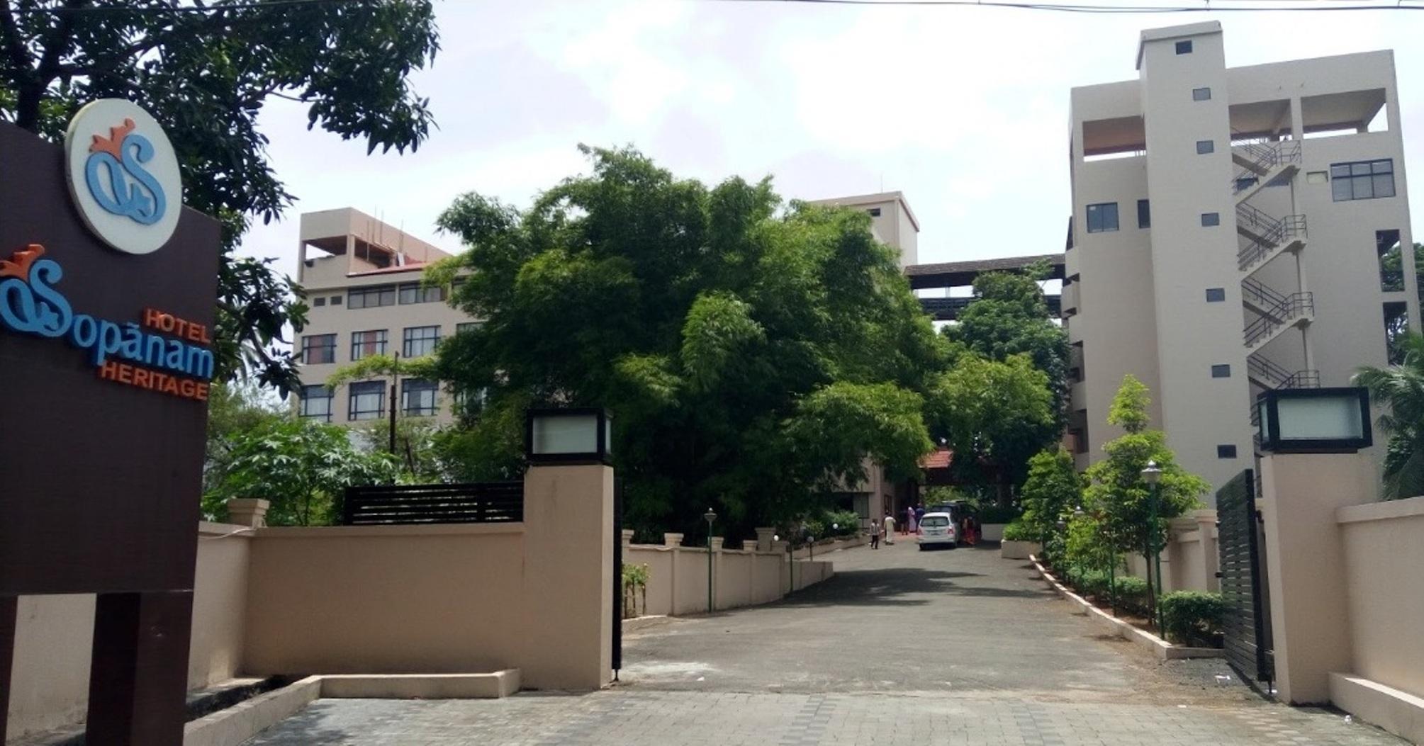 Hotel Sopanam Heritage Guruvayoor India