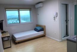 198平方米1臥室獨立屋 (漆琴洞) - 有1間私人浴室 A 충주 애플 게스트하우스 (싱글베드룸) (single bed room)