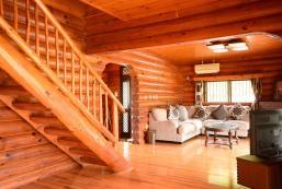 [All natural wood Big Log Home]4Br,2Bath,3Toilets [All natural wood Big Log Home]4Br,2Bath,3Toilets