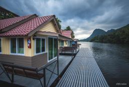 納普特法恩度假村 Naphatphorn Resort
