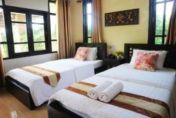 帕府班諾伊度假村 Ban Noi Resort Phrae