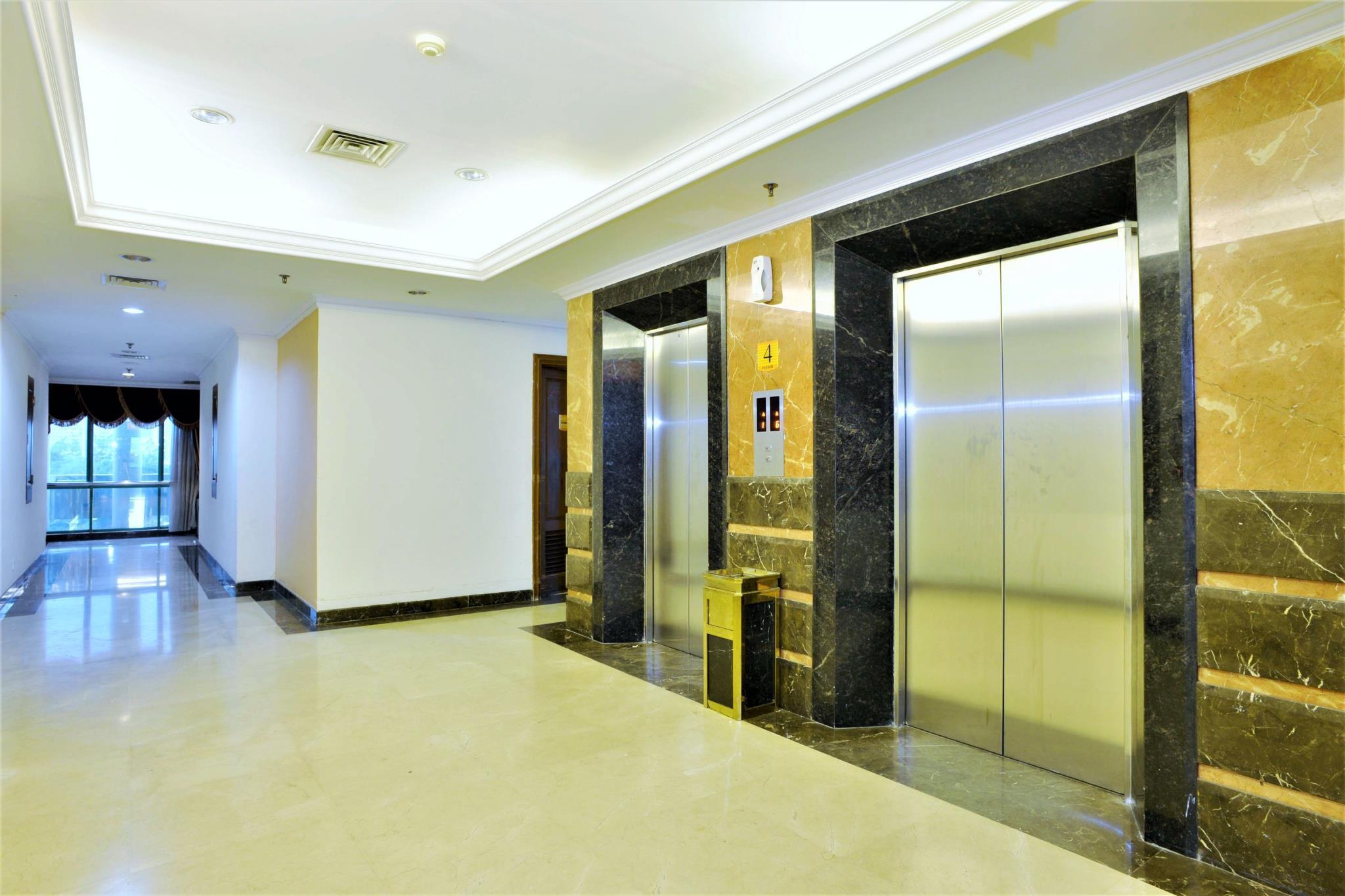 Alamat Hotel Zen Rooms Near Grand Indonesia Mall Jakarta