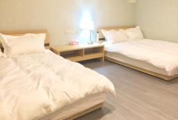 Standard Quadruple Room Apartment -704 Standard Quadruple Room Apartment -704