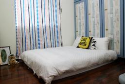 松山區的溫馨美好雙人房 - 12平方米1間共用衛浴 Cozy  Room 3 ,XiTang, MRT Zhongxiao Fuxing