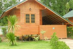 倫瓦納度假村 Ruean Vana Resort